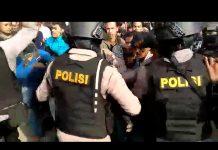 Demo HMI Tolak Jokowi Ricuh