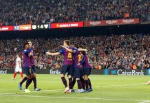 Barcelona mengalahkan Sevilla 4-2 di pekan ke sembilan Liga Spanyol. (Foto: Albert Gea/Reuters)