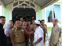 DR Ilham Azikin melakukan kunjungan kerja di Kecamatan Uluere dan Sinoa
