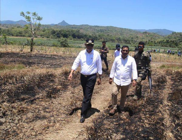 Bupati Barru Kunjungi Lahan Pertanian yang Kekeringan