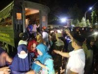 Bupati Barru Terima Tim Relawan Bersama Para Korban Gempa Sulteng