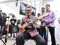 Gubernur NA Buka Kegiatan Ruang Ekpresi, Temu dan Sharing Komunitas Kreatif Sulsel