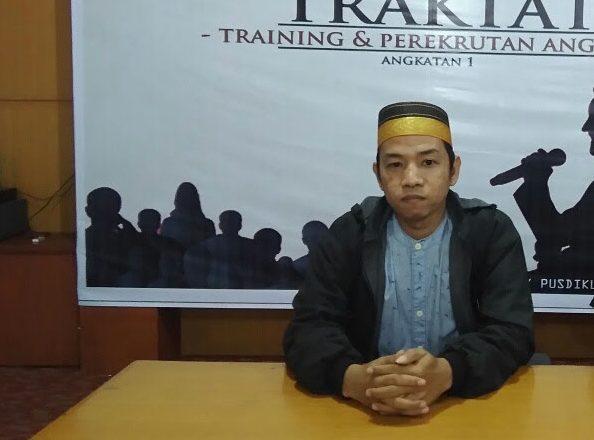 Dewan Pembina Serikat Mahasiswa Penggiat Konstitusi dan HAM (Simposium) Sulawesi Selatan, Syasroni Ramli.