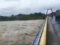 Jembatan kembar
