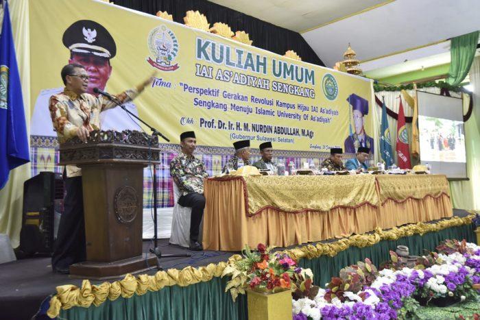 Nurdin Abdullah membawakan Kuliah Umum di Kampus IAI As'Adiyah Sengkang, Wajo, Senin (28/1/2019). (Foto: Dok. Humas)