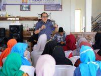 Caleg DPR-RI Partai NasDem, Akbar Faizal saat menggelar sosialisasi di Kabupaten Bone, Senin (18/3/2019).