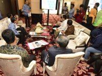 Calon Pejabat (Pj) Wali Kota Makassar memaparkan program di hadapan Gubernur Sulawesi Selatan, Nurdin Abdullah.
