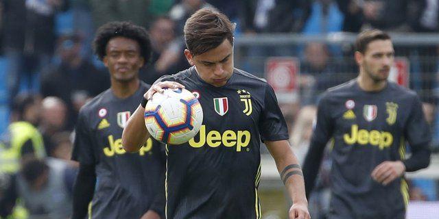 Paulo Dybala Tertunduk lesu setelah gawang Juventus dibobol SPAL