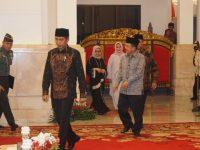 Jokowi dan Jusuf Kalla di acara Nuzulul Quran (Foto: Yudhistira Amran Saleh/kumparan)