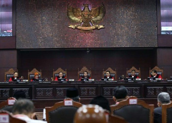 Sidang putusan sengketa pilpres 2019 di Mahkamah Konstitusi, Jakarta, Kamis (27/6/2019). (Foto: Kompas.com)