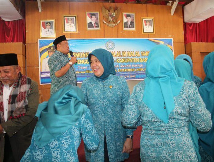 Halal Bihalal antar pengurus PKK se-kabupaten Barru di Baruga Singkerua Ada'e Barru, Rabu (20/6/2019).