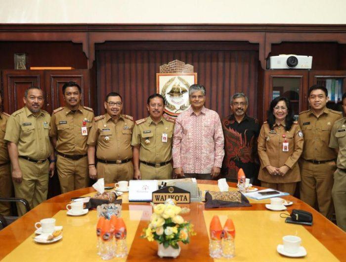 Dubes India untuk Indonesia Pradeef Kumar Rawat bertandang ke Balai Kota Makassar, Senin (24/6/2019).