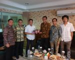 Bupati Bantaeng, DR Ilham Azikin melakukan pertemuan dengan perusahaan startup Negeri Kebun Kopi (NKK) di Wisma Bhontain, Jakarta