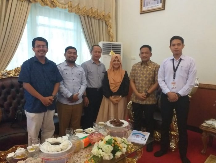 Bupati Bantaeng bersama rombongan dari PT. Sulawesi Pratama Mandiri (SMP) di Rumah Jabatan Bupati Bantaeng,