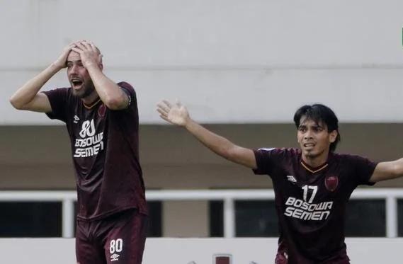 Meski menang 2-1 atas Becamex Binh Duong di leg 2 semifinal di Stadion Pakansari, Cibinong, Bogor Rabu, 26 Juni 2019