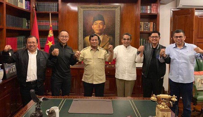 Prabowo Subianto bersama sekjen partai koalisi pendukung Prabowo-Sandi di Kertanegara IV, Jakarta Selatan, Jumat, 19 April 2019. Dok Istimewa