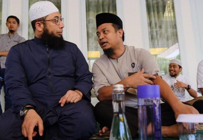 Kajian Akbar di Jalan Yusuf Dg Ngawing Makassar, Sabtu (22/6). Kajian bertema Indahnya Dzikir tersebut dibawakan Ustadz Khalid Basalamah.
