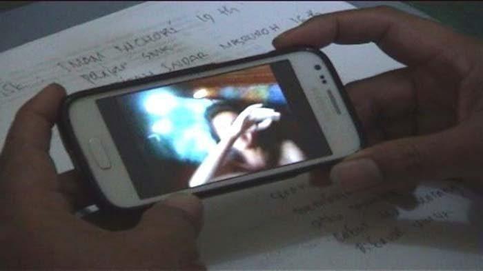 Ilustrasi video panas.