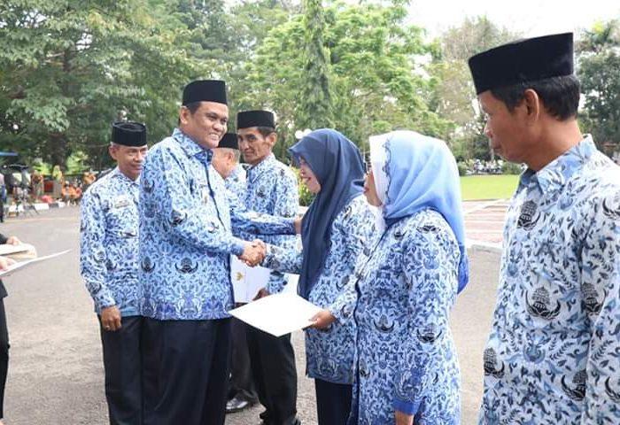 Pemerintah Kabupaten (Pemkab Barru) menggelar upacara Hari Kesadaran Nasional
