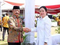 Penghargaan Manggala Karya Kencana dianugrahkan kepada Bupati Gowa, Adnan Purichta Ichsan yang merupakan penghargaan tertinggi dari Badan Koordinasi Keluarga Berencana Nasional (BKKBN).