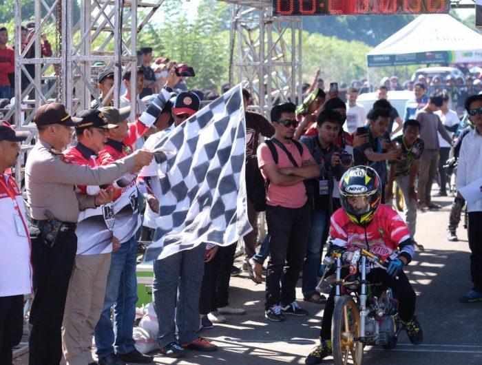 Kejurnas Drag Bike Bupati Gowa Cup di Sirkuit Pattallassang, Kabupaten Gowa