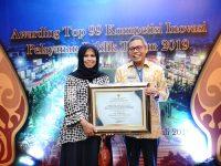 Wali Kota Parepare Dr HM Taufan Pawe menerima penghargaan Top 99 Inovasi Pelayanan Publik
