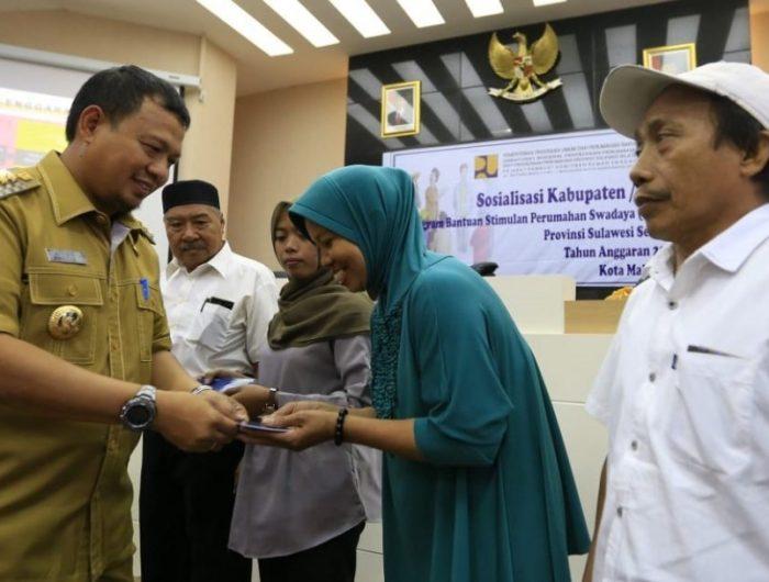 Pemkot Makassar Salurkan 600 Unit Bantuan Rumah Swadaya untuk 15 Kelurahan