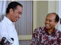Presiden Jokowi bersama Sutopo Purwo Nugroho. (Foto: Instagram)