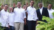 Presiden terpilih periode 2019-2024 Joko Widodo berfoto dengan sejumlah petinggi Tim Kampanye Nasional. (Foto: Antara)