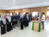 Tomy Satria Lantik Pengurus IPMAH KPT UMI