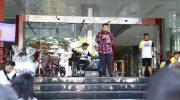 PJ Wali Kota Makassar M Iqbal S Suhaeb saat menghadiri pembubaran panitia Harganas XXVI tahun 2019, di halaman Bank Panin, Sabtu (13/7/2019). - Humas Pemkot Makassar