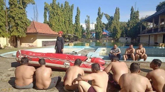 Polisi gendut jalani program diet - (Humas Polda Jatim)