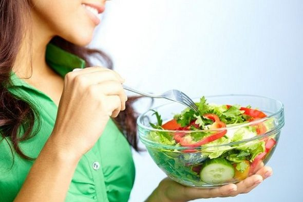 Mengubah tubuh secara dramatis, seperti melakukan diet karbo, terutama bagi mereka yang terbiasa dengan karbohidrat bisa berbahaya untuk kesehatan