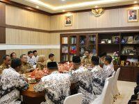 Pemerintah Kabupaten (Pemkab) Barru menggelar rapat koordinasi pengurus PGRI Barru.
