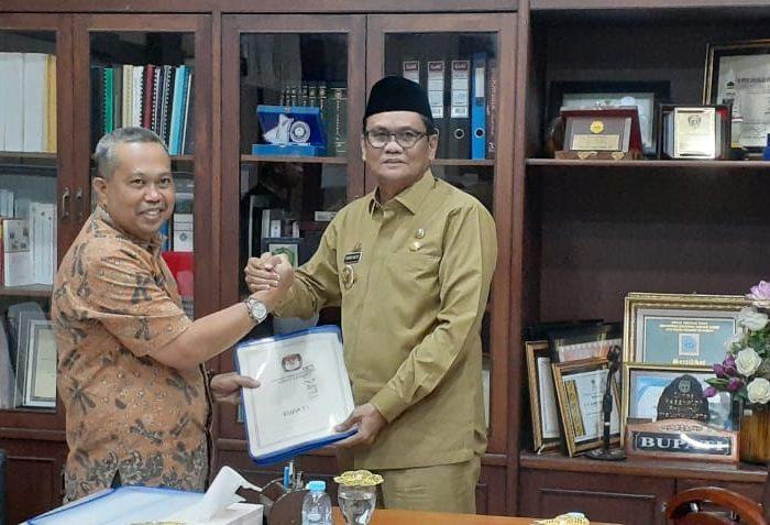 Bupati Barru Terima Hasil Penetapan Pileg 2019 dari KPU