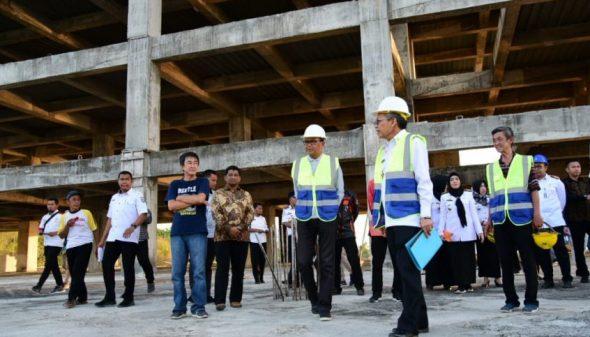Pembangunan gedung RS Habibie dan Ainun