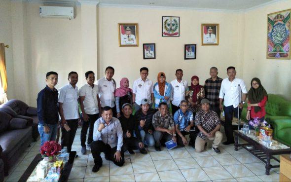 Tim Nasional dan Tim Regional Sulawesi Selatan menemui Pemerintah Kabupaten Bulukumba yang diterima oleh Wakil Bupati Tomy Satria Yulianto di ruang rapatnya