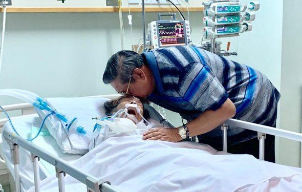 SBY dan Ibunya saat masih menjalani perawatan