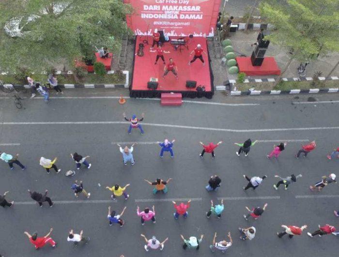 Car Free Day (CFD) di Pantai Losari Makassar