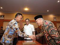 Pelantikan dan Pengukuhan Dewan Pertimbangan dan Dewan Pengurus KADIN Kabupaten Bantaeng