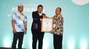 Iqbal Suhaeb Raih Penghargaan Anugerah Pendidikan Indonesia 2019. (Ist)