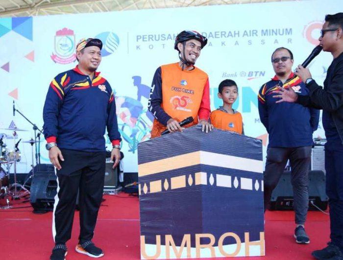 Iqbal Suhaeb Ajak Peserta Fun Bike HUT PDAM Junjung Sportivitas