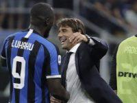 Romelu Lukaku dan Antonio Conte (c) AP Photo