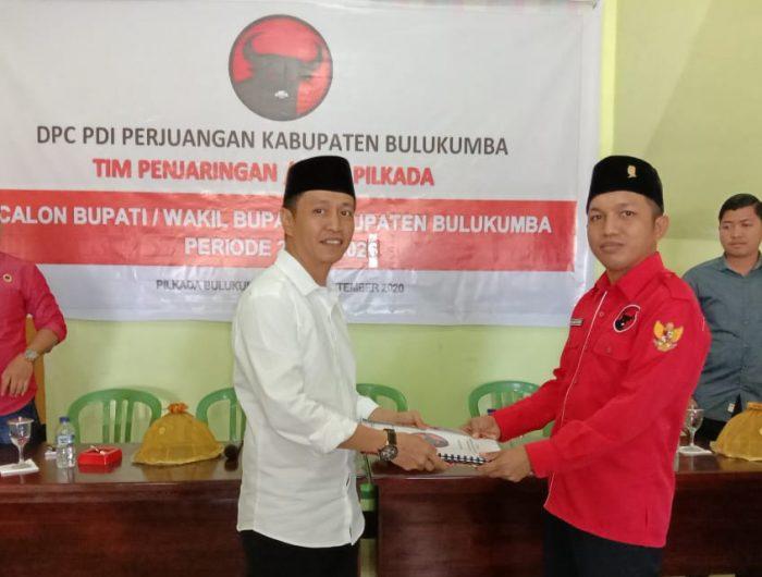 JMS langsung mengembalikan formulir dan resmi mendaftar sebagai bakal calon bupati (Bacabup) di Dewan Pimpinan Cabang (DPC) Partai Demokrasi Indonesia Perjuangan (PDIP) Bulukumba