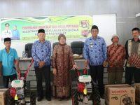 Bupati Barru Salurkan Bantuan Mesin Cultivator ke 75 Petani Prasejahtera