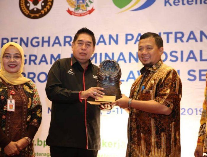 Raih Penghargaan Paritrana 2019, Pemkot Makassar dapat Hadiah Mobil
