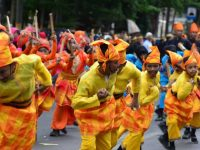 Meriahnya Karnaval Seni Budaya Sulsel, Padupadankan Sutra dan Kerajinan