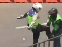 Viral Video Polisi Tendang Driver Ojol saat Pengamanan Presiden