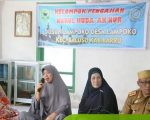 Hasnah Syam menghadiri pengajian rutin kelompok pengajian Nurul Huda.
