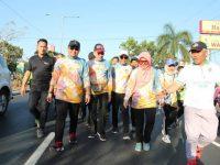 Ramaikan Dies Natalis ke-63 Unhas, Iqbal Suhaeb Ikut Jalan Santai